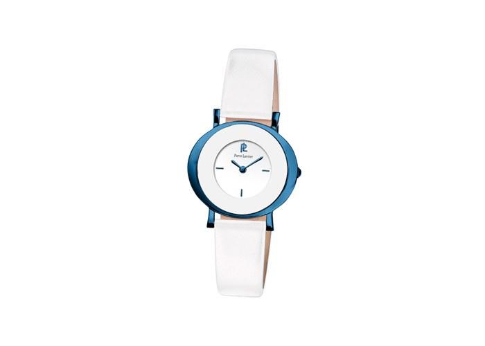 Популярность часов росла, и спустя несколько лет их экспорт осуществлялся уже на североамериканский и азиатский рынки.